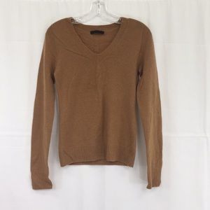 The Row Camel long-sleeve cashmere sweater